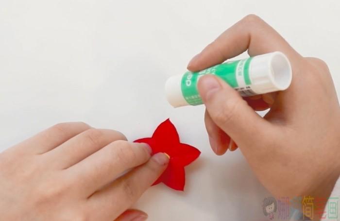 幼儿园手工花朵简单教程